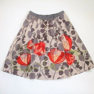 Floreat Glowing Leaf Pleated Floral Skirt Gray Red